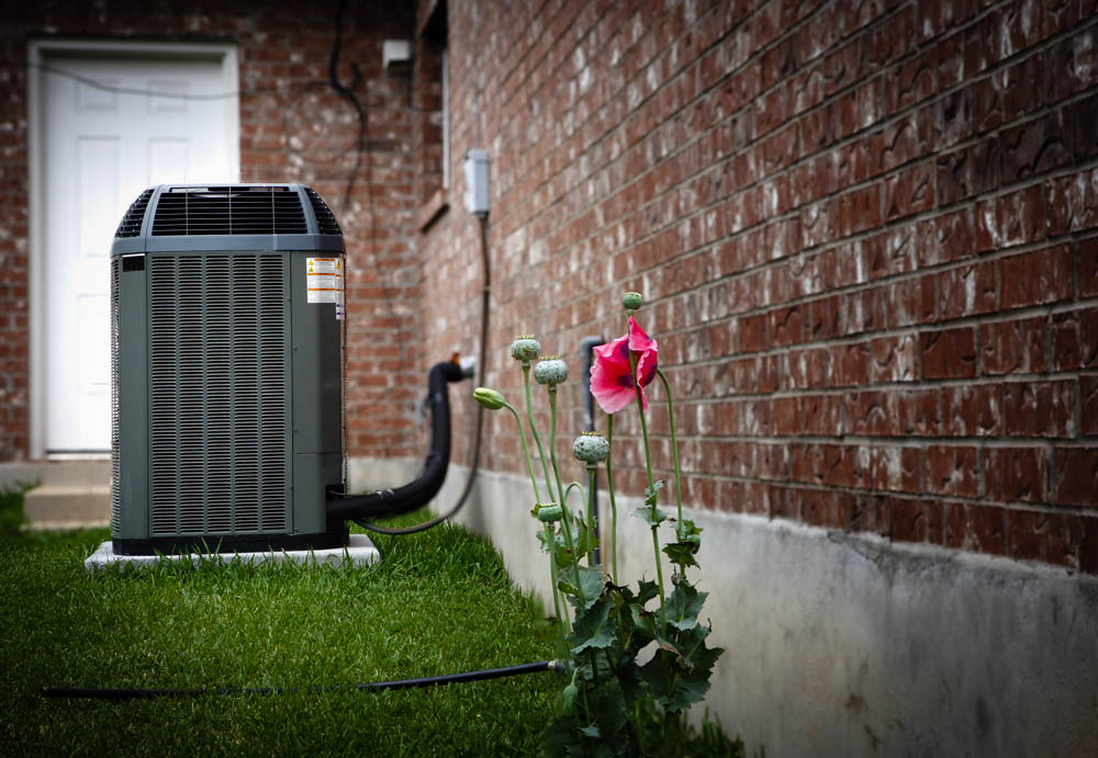 HVAC Maintenance Tips & How to Choose a Contractor